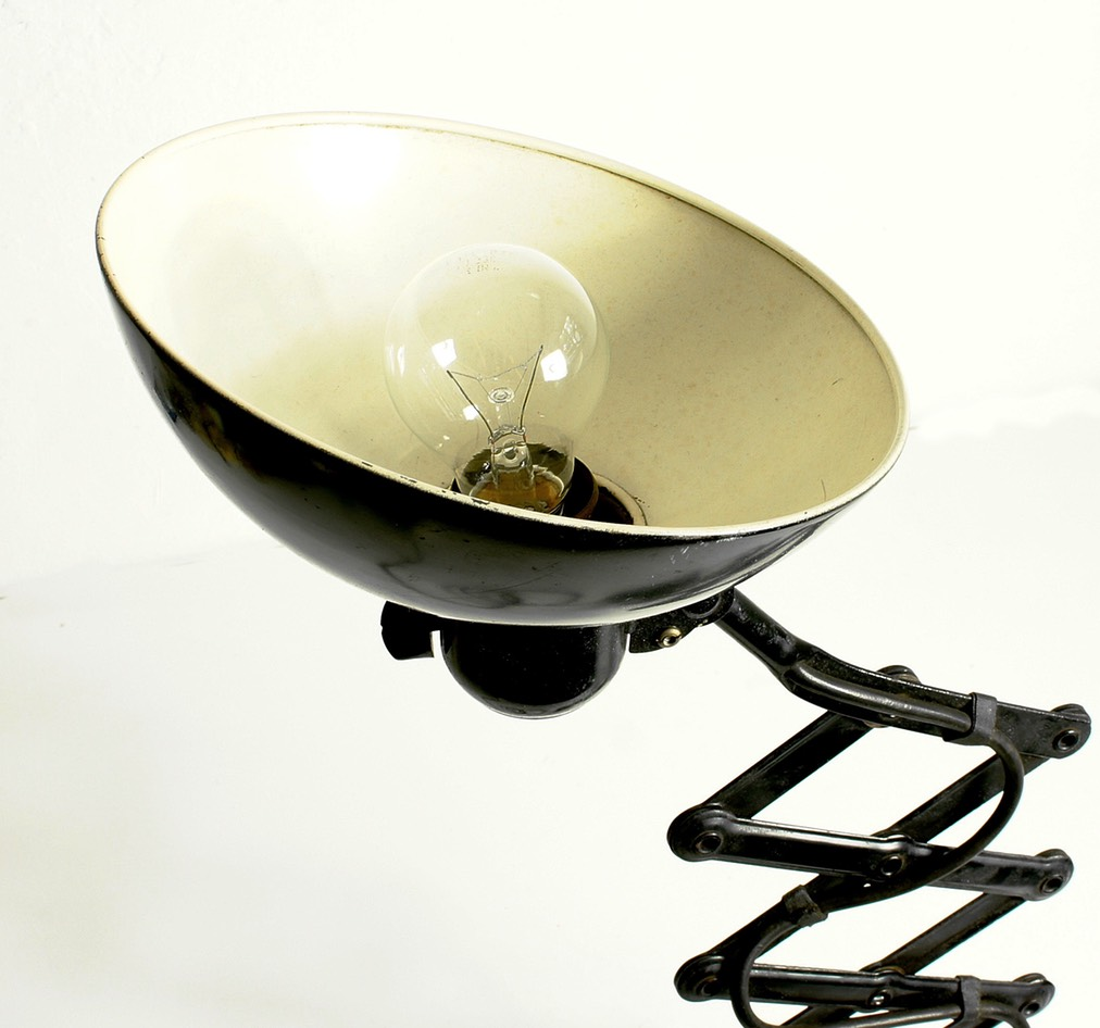 Christian-Dell-Bauhaus-Scissor-Lamp-D