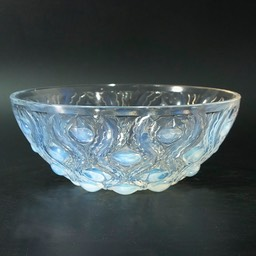 "René Lalique Bowl ""Bulbes"""